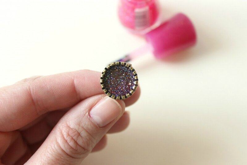 how-to-use-nail-polish-for-rings-1024x683