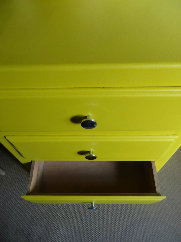 Mini commode annees 60 MOUTARDE int tiroir
