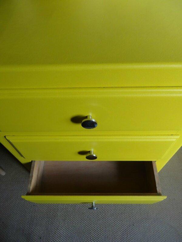 Mini commode annees 60 MOUTARDE int tiroir