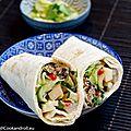 Wrap aux boulettes asiatiques et concombre