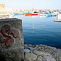 Socoa, port et croix basque (64)