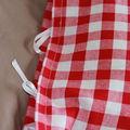 housse rouge et blanche : détails