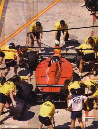 1989_Jacarepagua_F1_89_640_Mansell_08