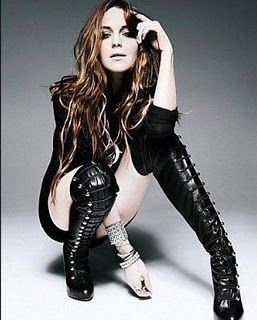 slide_2248_28895_large_Lindsay_Lohan_Supra_fifre_120_Christian_Louboutin_fromElle_UK_for_pirabalini_Thigh_high_boots2