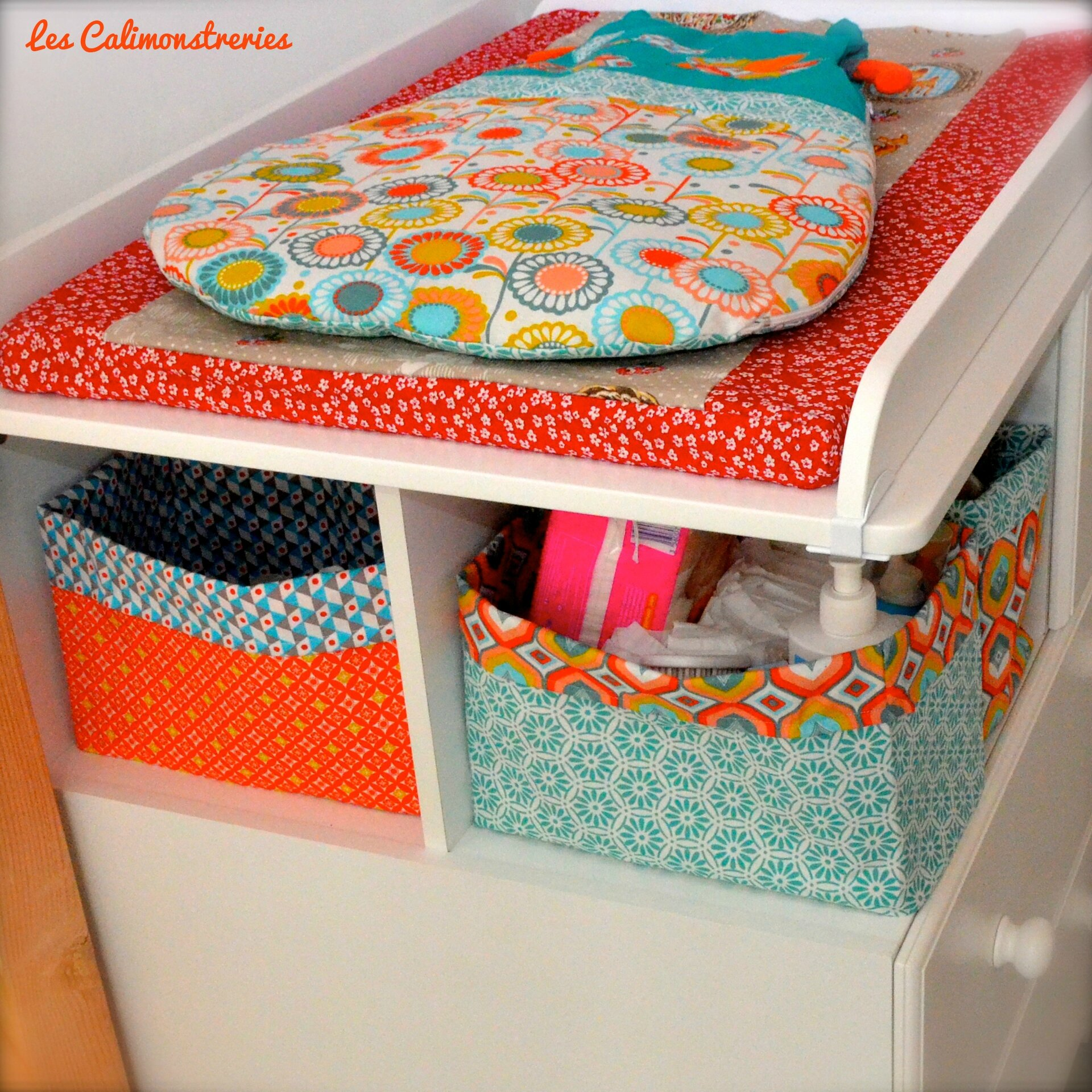 panier en tissu pour la table langer esprit cabane dans. Black Bedroom Furniture Sets. Home Design Ideas