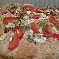 Fougasse feta, tomate, fraise & thym citron