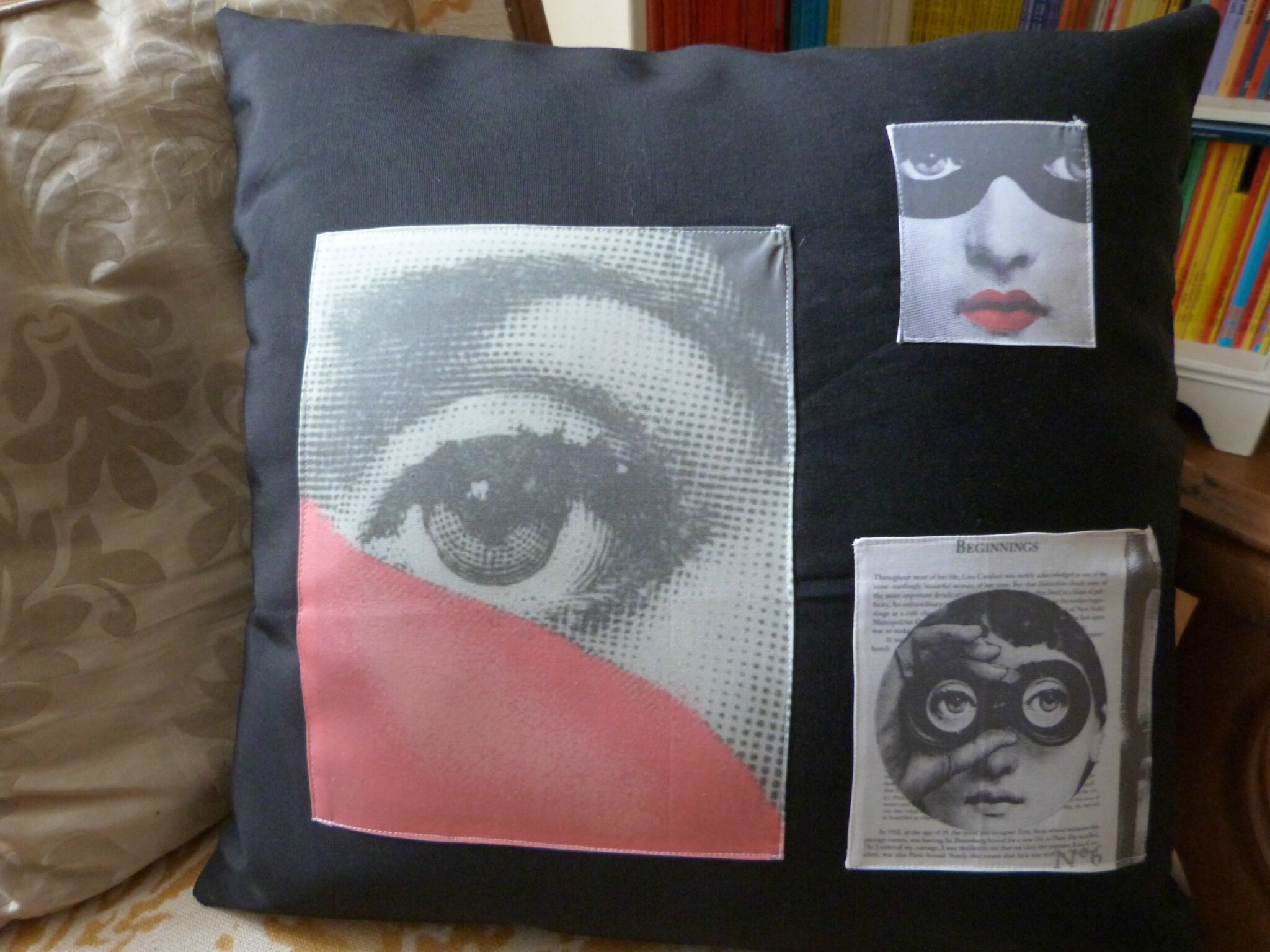 coussin fornasetti id es de design d 39 int rieur. Black Bedroom Furniture Sets. Home Design Ideas