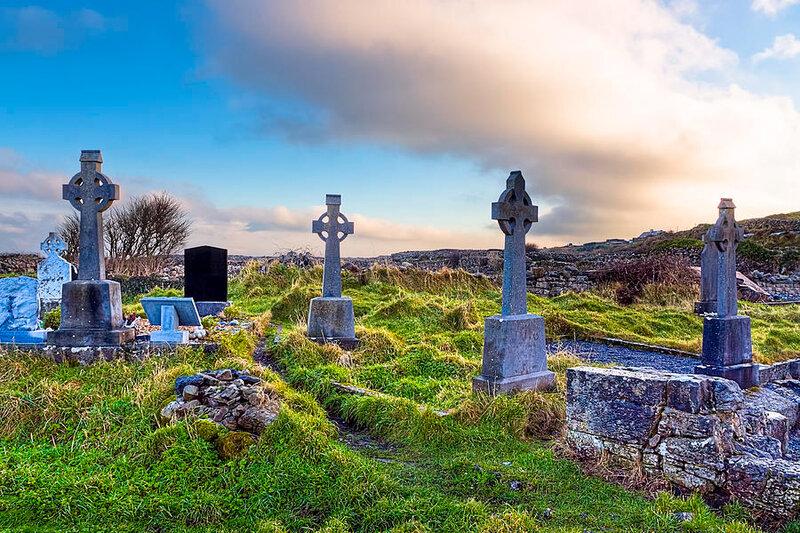celtic-crosses-in-an-old-irish-cemetery-mark-e-tisdale