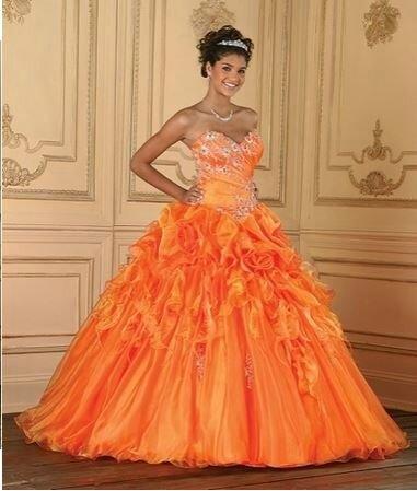 """Robe de mariée """"orange"""" Tailles 34 à 44 sur commande en 6 semaines"""
