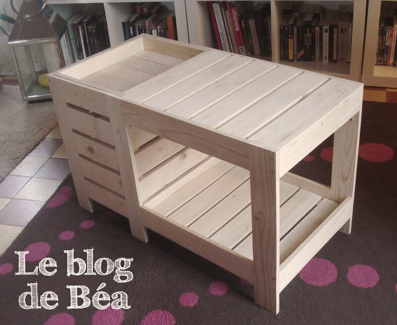 diy table basse en bois de palette avec coffre de. Black Bedroom Furniture Sets. Home Design Ideas