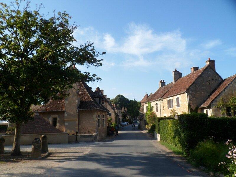 Apremont sur Allier 54