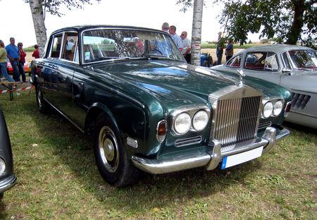Rolls_Royce_Silver_shadow__1975_1976__4_me_F_te_Autor_tro__tang_d__Ohnenheim__01