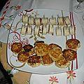 Assiette apéritive : crab-cakes + roulés de tomates séchées