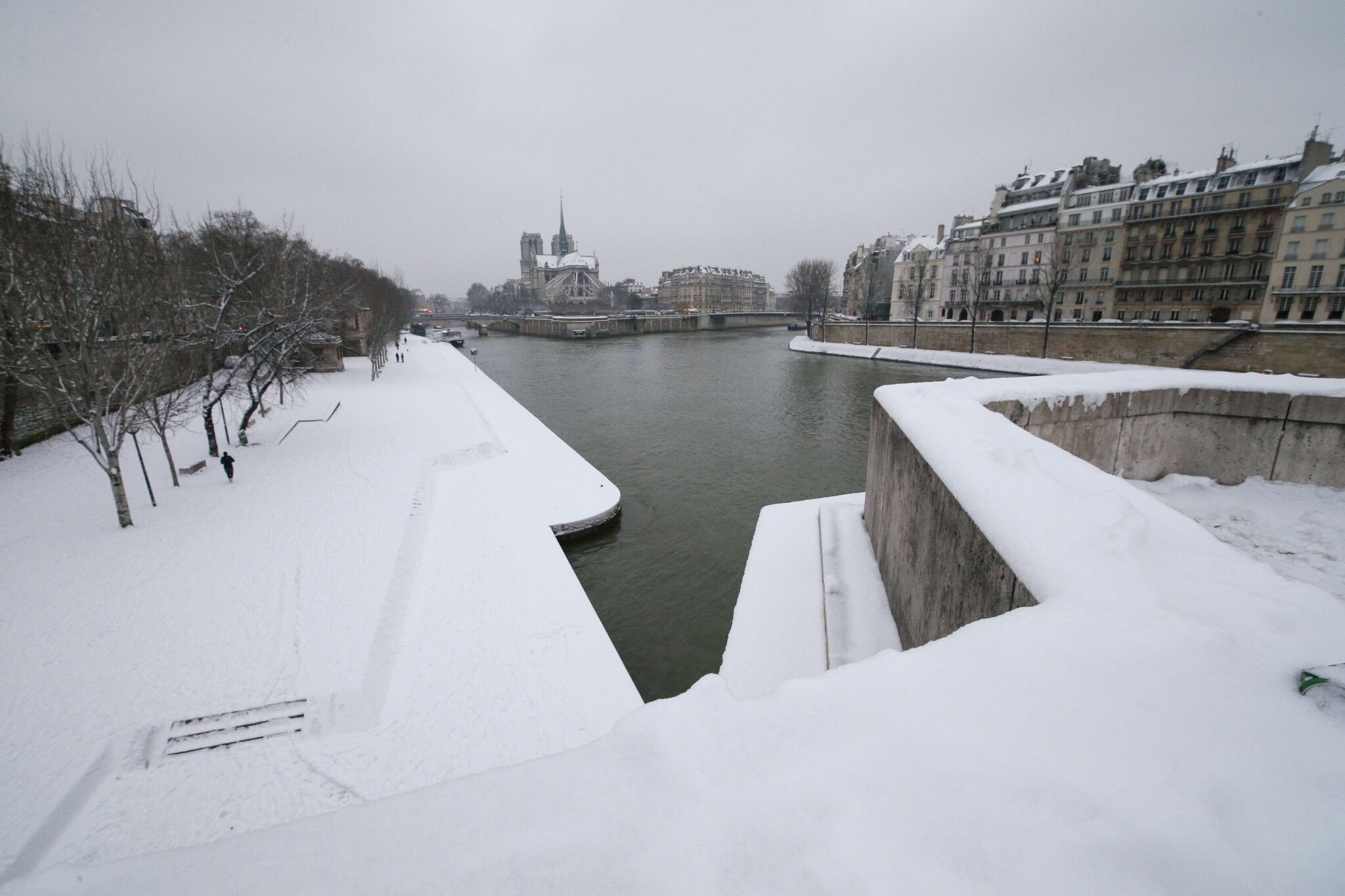 Paris sous la neige. © Photo Michel Stoupak. Sam 19.01.2013, 09:43.