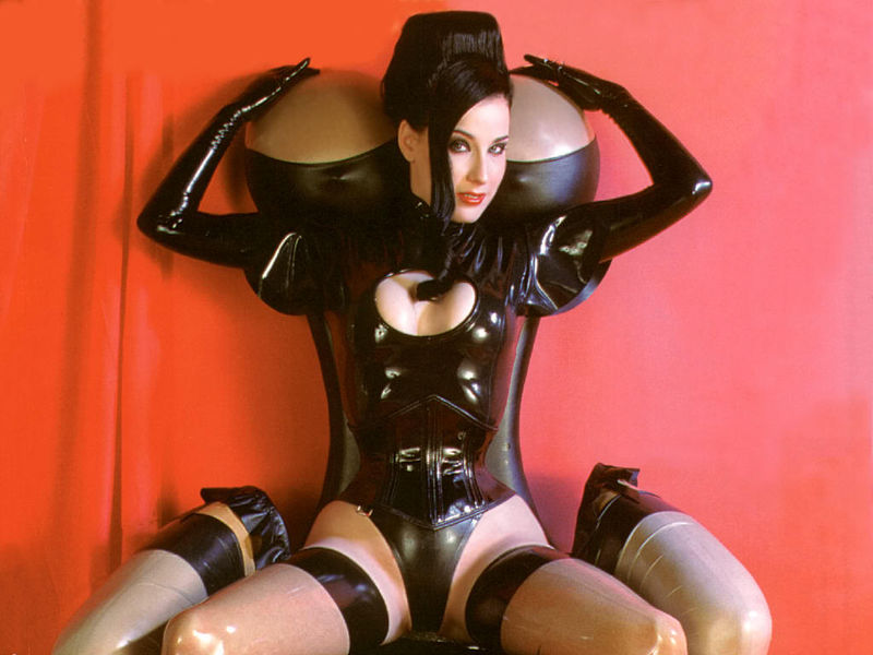 bordelli latex bondage