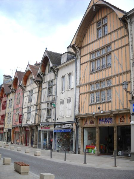 Troyes (22)