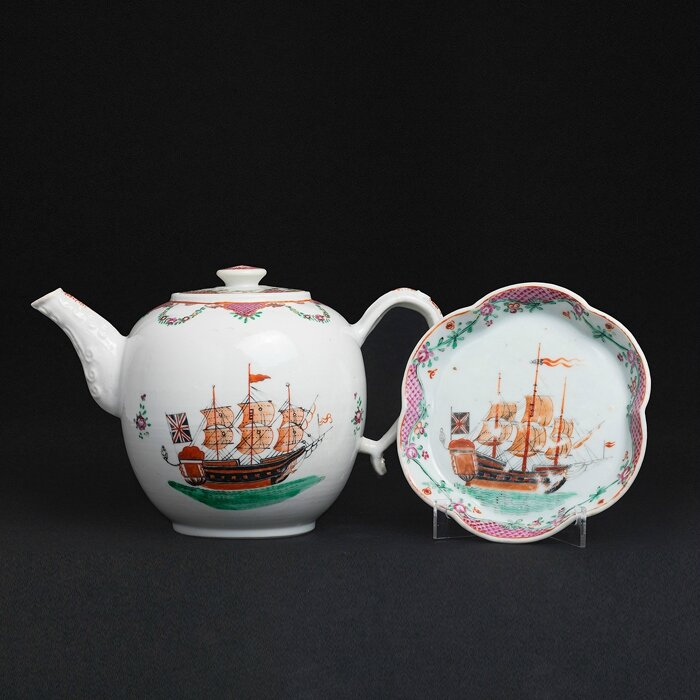 'Sailing ship' Teapot on presentoir, China, Jiaqing period
