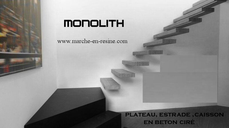 escalier métallique,	monolith,	marches suspendues,	escalier suspendu,	escalier flottant,	floating stair,	concrete steps,	marche en beton,	esclalier beton