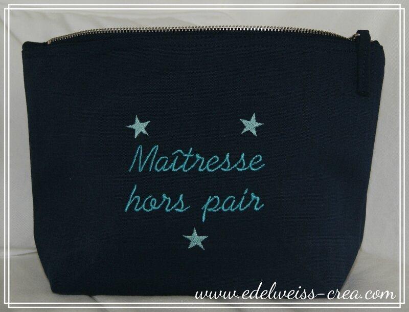 Trousse bleu marine - Maîtresse hors pair