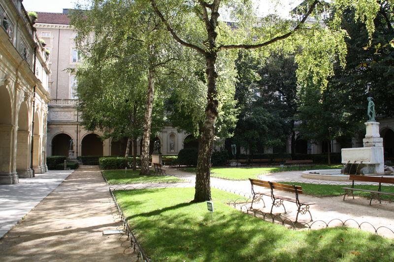 Palais St Pierre