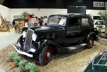 Renault_monaquatre_type_JN3_de_1934__RegioMotoClassica_2010__01