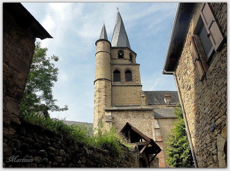 01 08 031 Eglise St Côme d'Olt (2)-001