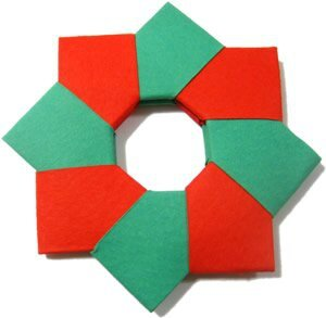 xhomemade-christmas-decorations-origami-wreath-7