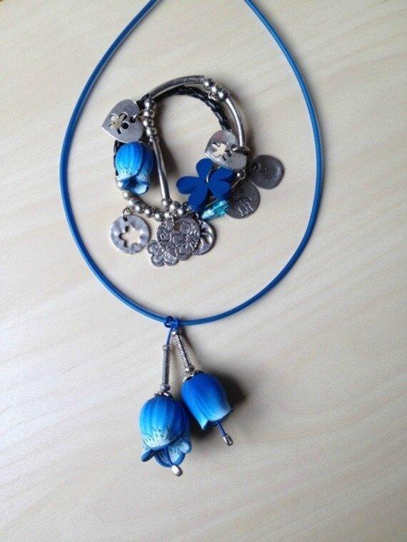 pendentif-collier-fleurs-bleu-petites-clo-13045151-2015-02-14-13-01caa-c35a3_570x0