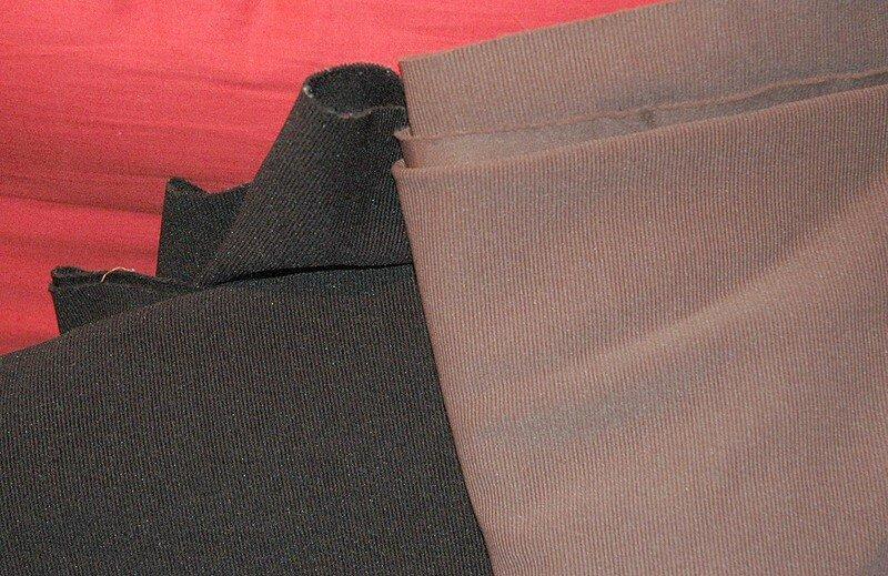 du tissu pour pantalon de cavalière