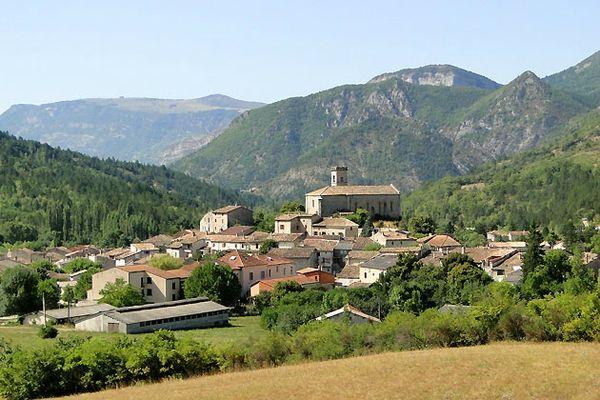 chalencon-village