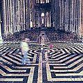 Le labyrinthe de chartres et le nom de la rose