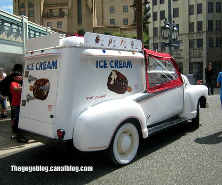 Chevrolet 3100 ice cream (Eurodisney) 02