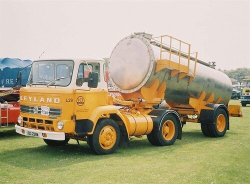 leyland-chieftain-01