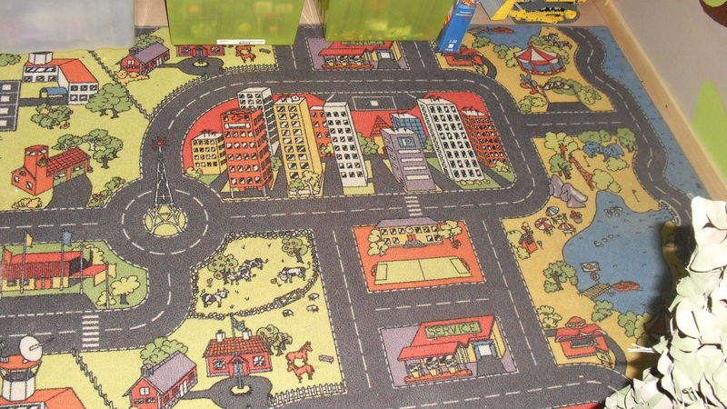 Tapis jeu voiture ikea gallery of design tapis jeu for Moquette circuit voiture