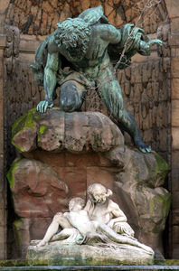 fontaine_medicis_luxembourg