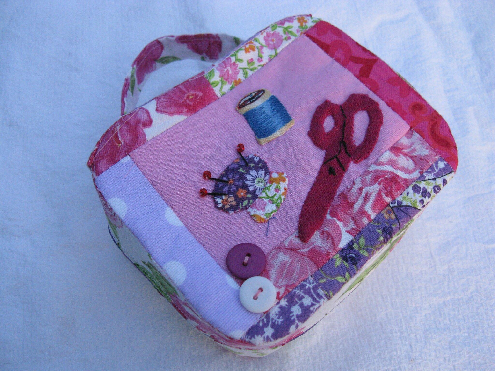 Petite malette de couture bricabricoles for Malette couture