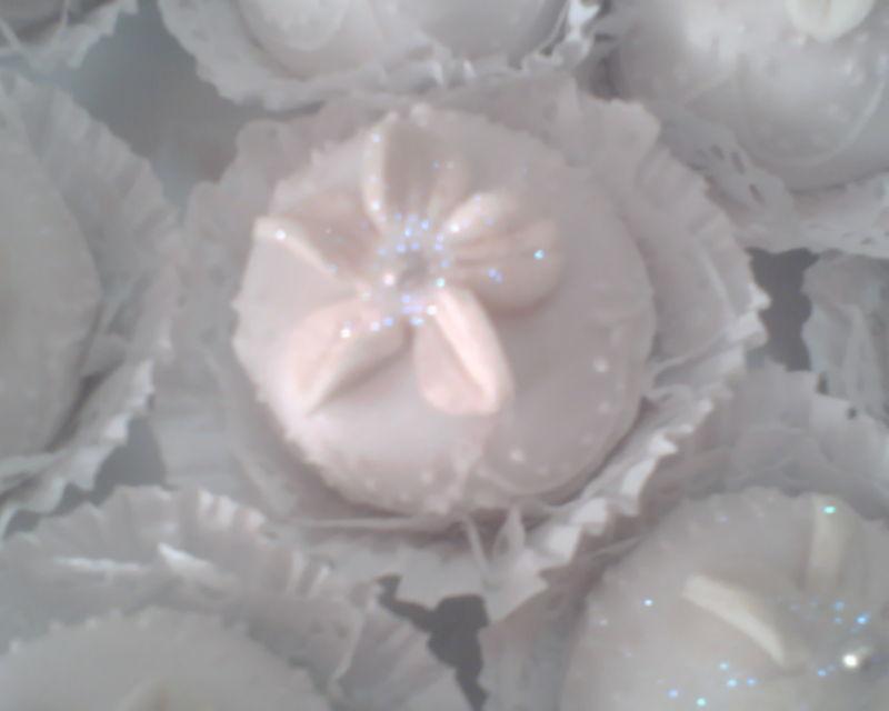 M'khabez en robe blanche