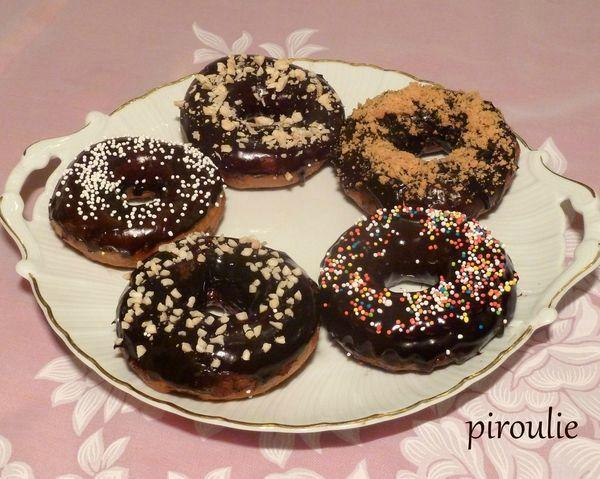 Doughnuts ultra moelleux pour hanoucca p tisseries et - Beignet leger et moelleux ...