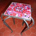 mosaique_table_fuschia_2
