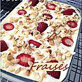 Tiramisu aux fraises et amandes effilées