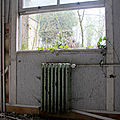 5-Ambiance dpendance chateau abandonn_7627