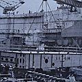 Construction de navire à france-dunkerque à partir de la pose sur cale,d'un tout premier élément préfabriqué ..