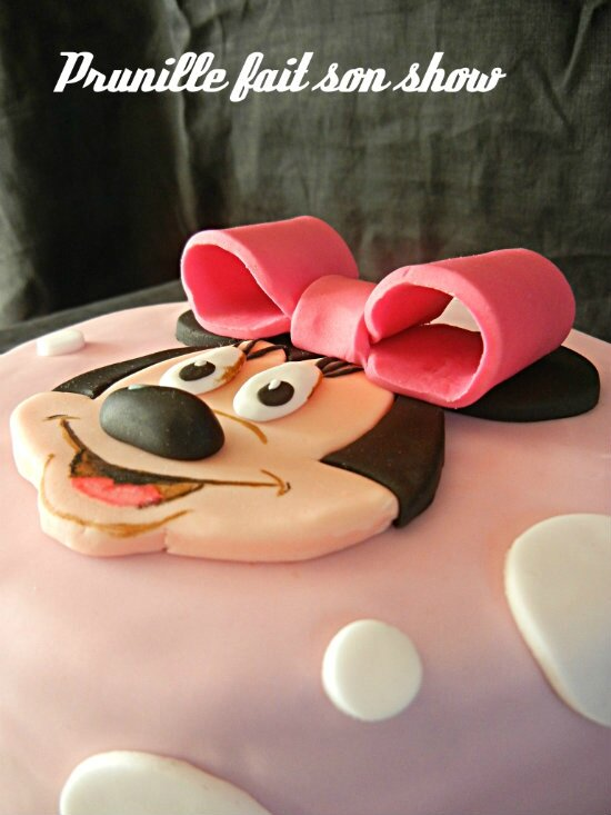 minnie cake mouse