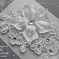 bijoux-mariage-de-peau-dentelle-strass-et-fleur-gretta-2