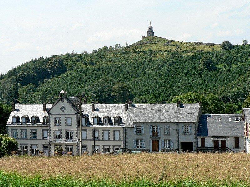 maisons de La Tour d'Auvergne et Notre-Dame de Natzy