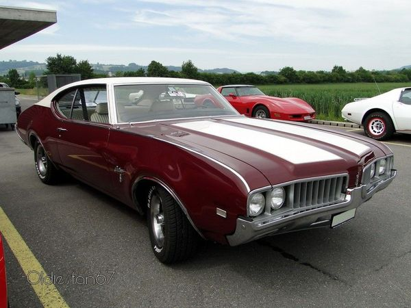 oldsmobile cutlass coupe s 1969 3