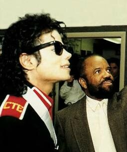 michael-jackson-berry-gordy1