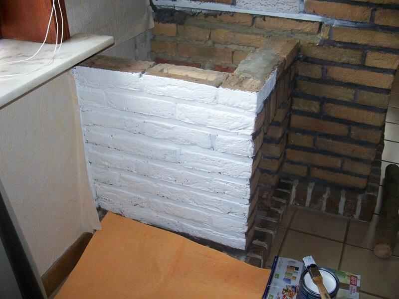 et go pour la mise en peinture de la chemin e rustique. Black Bedroom Furniture Sets. Home Design Ideas