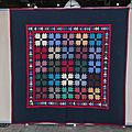 04-Quilts Amish