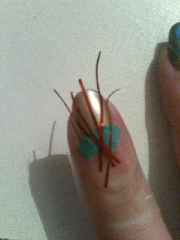 nail-art-simple-tuto-turoriel-stripping-tape-kiko-nailmatic